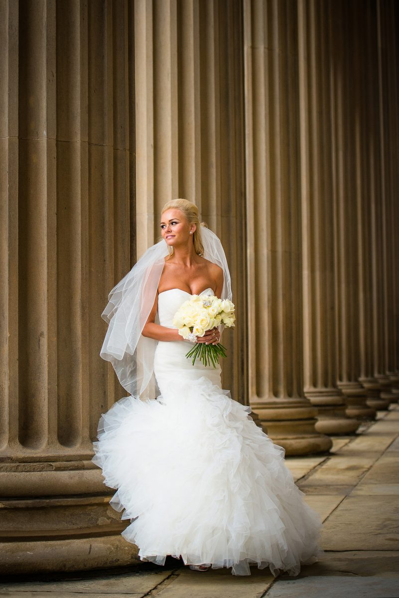 Bride at St Georges Hall Liverpool