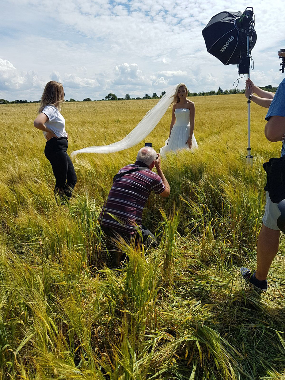 Behind-the-Scenes-Wedding-Photography-Training