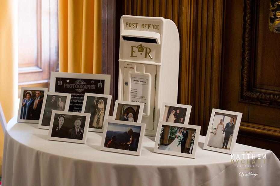 ER wedding post box
