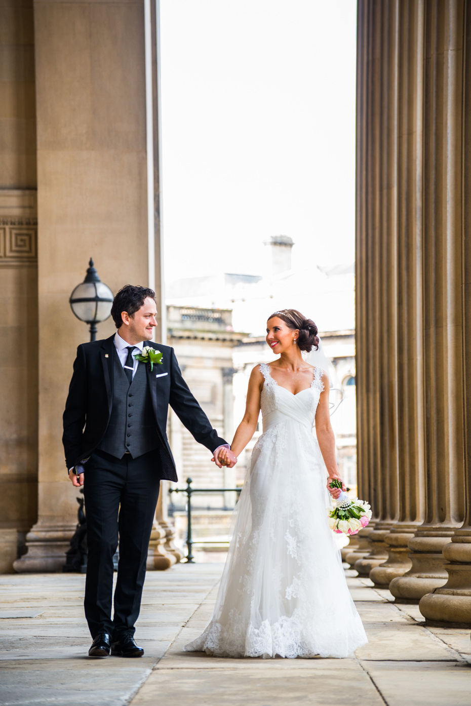 Liverpool-Wedding-St-Georges-Hall-034
